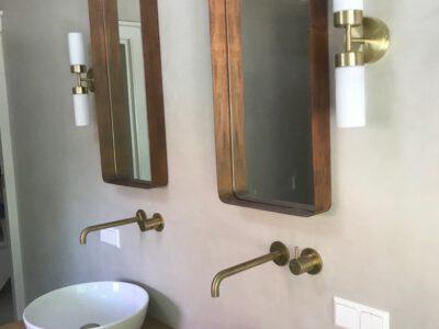 Badkamer wanden en vloer voorzien van Beton Cire